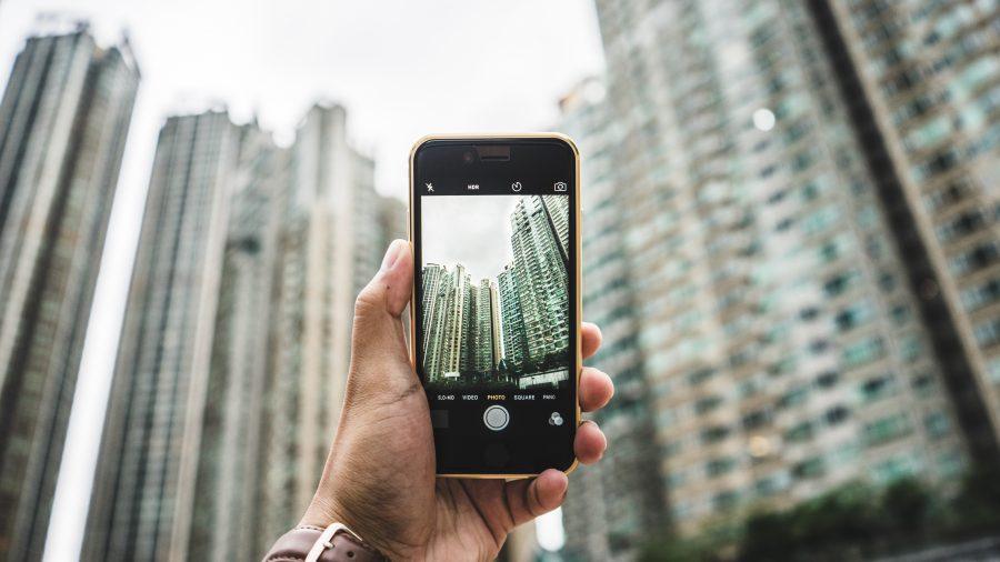 smartphone-tower