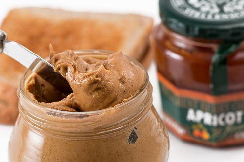 Burro di arachidi: benefici e false credenze