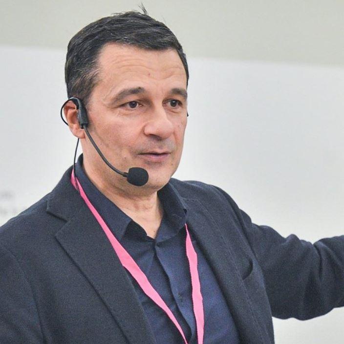 Dario Bressanini, Storia e Libri del chimico di quartiere